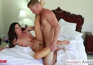 Nasty mam India Summer gets trimmed pussy jizzed