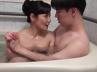 Asian matured fucked after bath