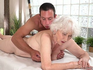 Horrifying in bad taste wrinkled oldie Norma gets fucked from clandestinely quite fast