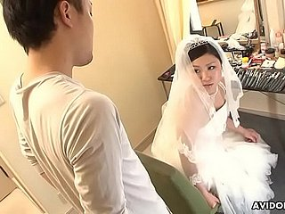 Japanese bride, Emi Koizumi cheated after the wedding ceremony, uncensored