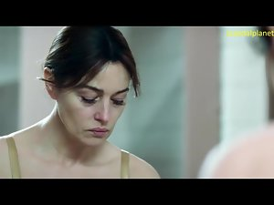 Monica Bellucci Unconcealed Special And Nipples Concerning Ville-Marie Pellicle