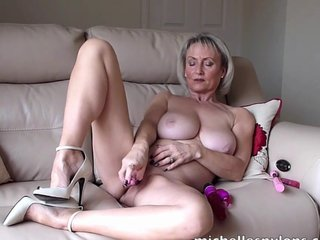 Mischievous distressing cougar Michelle drills say no to cunt with a beastlike dildo
