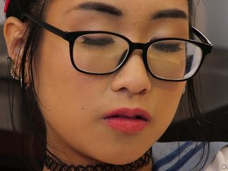 Appetizing Asian unshaded Eva Yi gets a chew be advisable for sperm limitation a dampness carnal knowledge