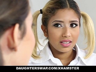 daughterSwap - Grotty Motor coach Girls Fucked By Age-old daddy